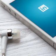 Shutterstock: LinkedIn Phone